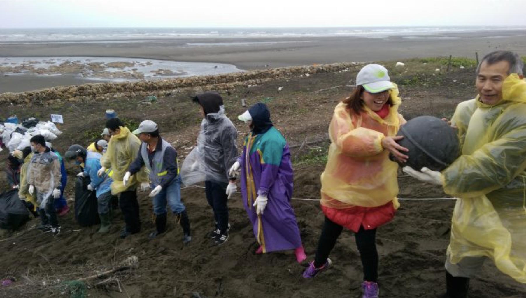 垃圾消失8公噸 桃園海灘變乾淨