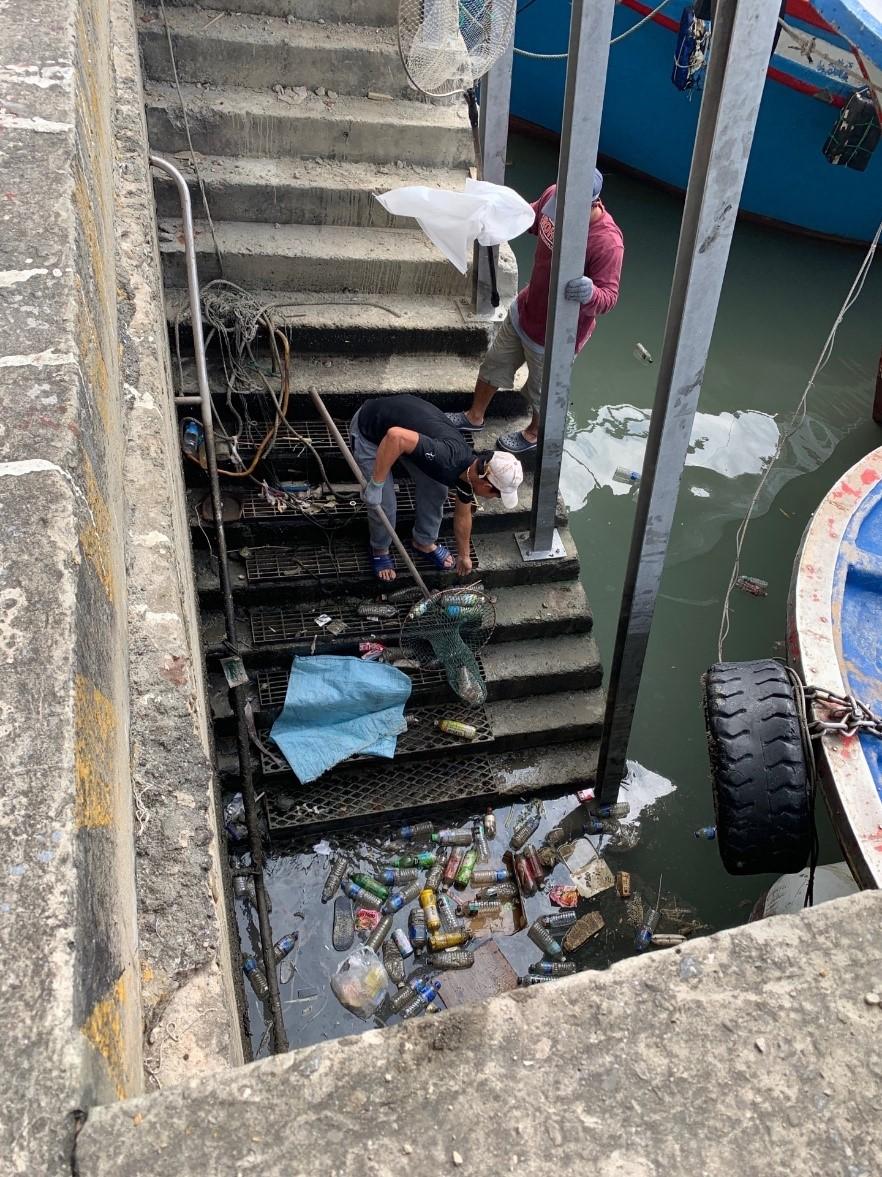 清除海漂垃圾