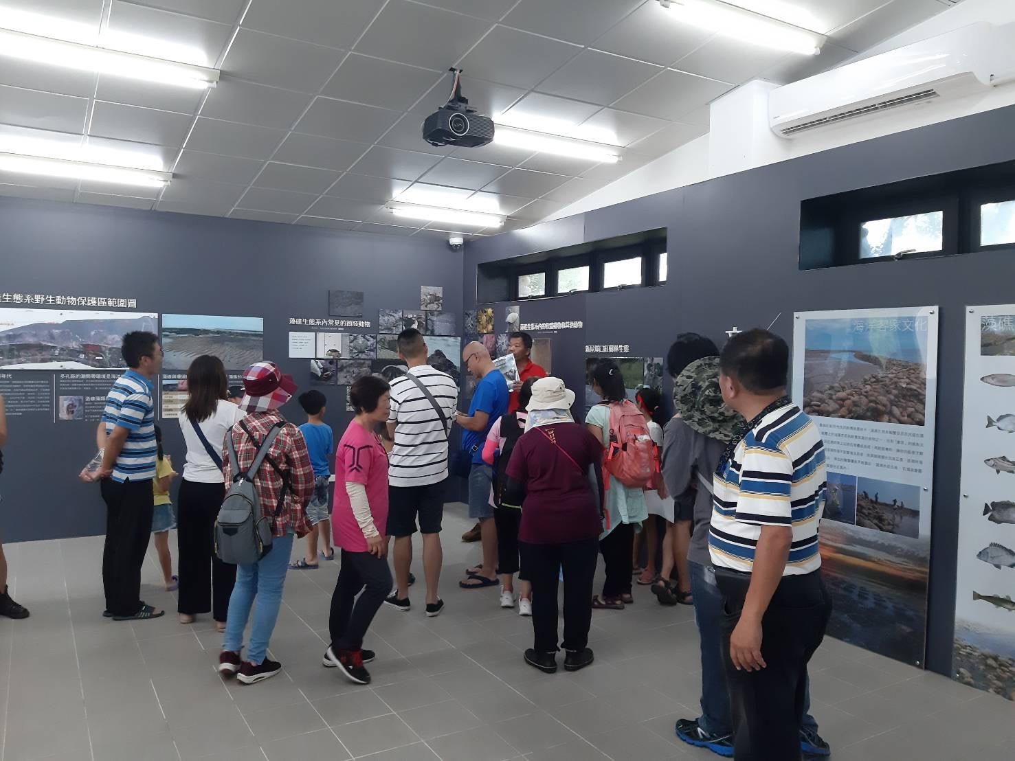 永興社區進行藻礁生態環境教室預約解說服務